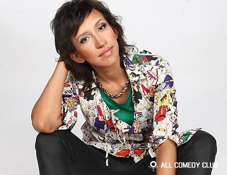 Comedy Club и Comedy Woman атакуют радиостанции!